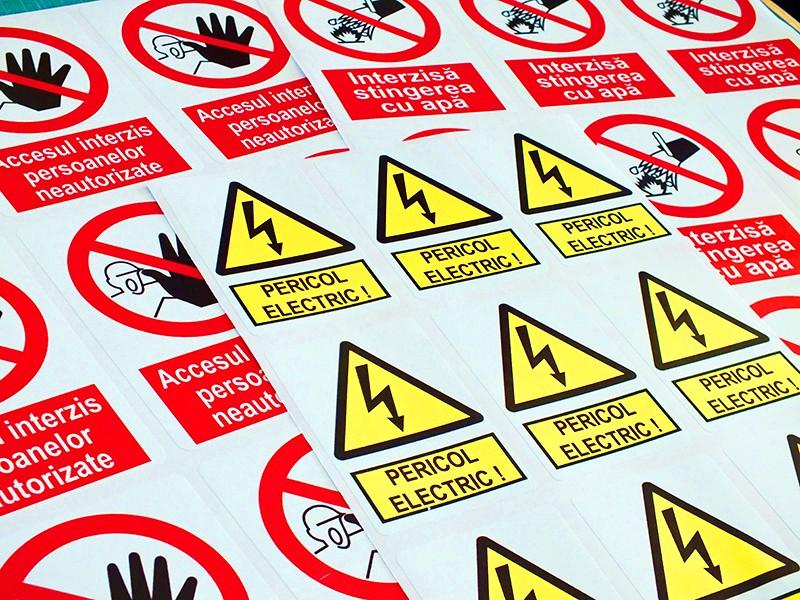 Autocolant semne avertizoare